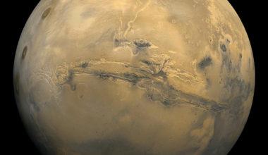 Как выглядит планета Марс?